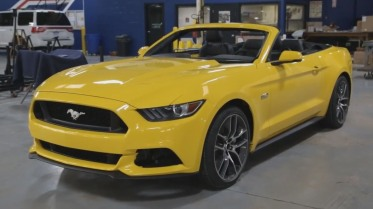 Ford Mustang_Yellow