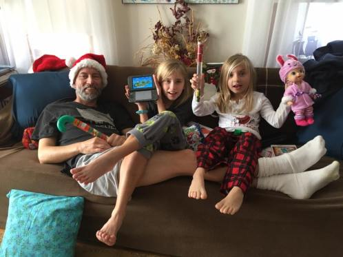 2016-12_dad-amelie-eleni_christmas-on-cape-cod